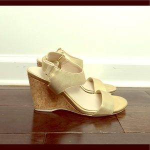 Kenneth Cole Gold Wedge Sandals size 5